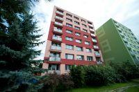 Zateplení obvodového pláště panelového domu Žižkova 386 v centru Kolína